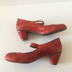 Miz moos Leather Rita heels